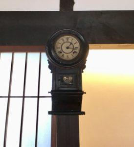 古い振り子時計