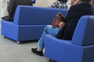 病院の待合室の様子